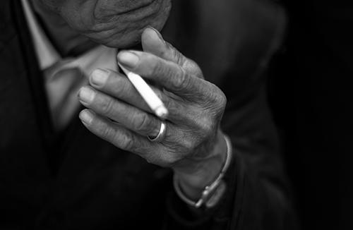 Sigara Arabanıza Zarar Verir